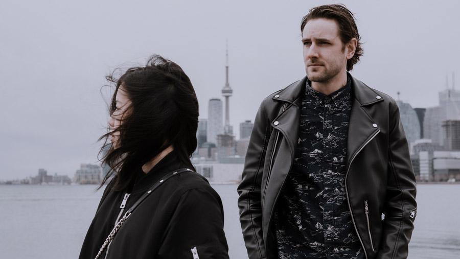 Toronto Elopement portrait skyline
